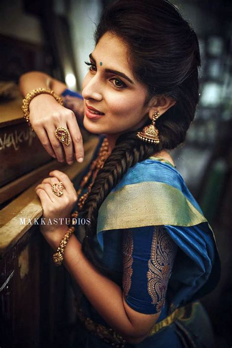 HD wallpapers hairstyle for saree look