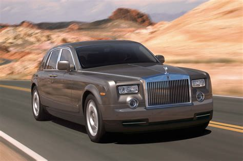 What Goes Into Building A Rolls-royce Phantom?