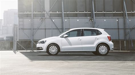 volkswagen polo sedan 2015 2015 volkswagen polo pricing and specifications