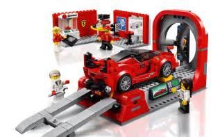 Lego speed champions ferrari fxx k & development 75882. LEGO Speed Champions: Ferrari FXX K & Development Center ...