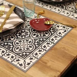Set De Table : set de table portugal beaucoup store ~ Teatrodelosmanantiales.com Idées de Décoration