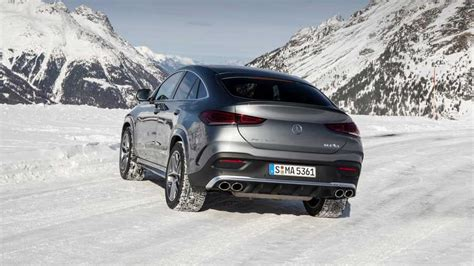 The gle53 amg looks pretty tough to the eye, even when it's static. 2021 Mercedes-AMG GLE53 Coupe | Motor1.com Photos