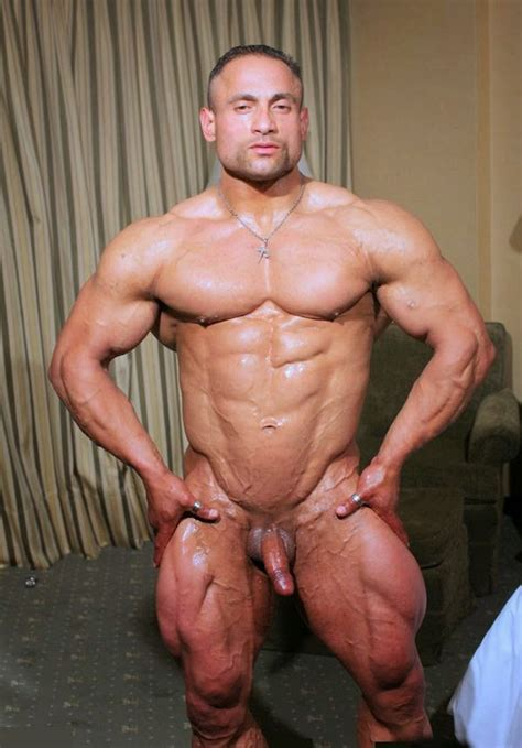 Sportsman Bulge Naked Nude Bodybuilder
