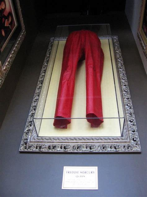 freddies red pants freddie mercury image