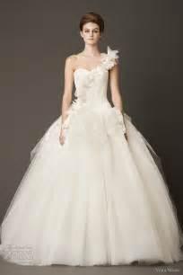 undergarments for wedding dresses vera wang wedding dresses fall 2013 wedding inspirasi