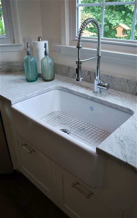 Best Farmhouse Sink Material by 33 Best Images About White Granite Installations On