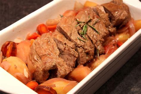 cuisiner le filet mignon de porc en cocotte filet mignon en cocotte pour ceux qui aiment cuisiner