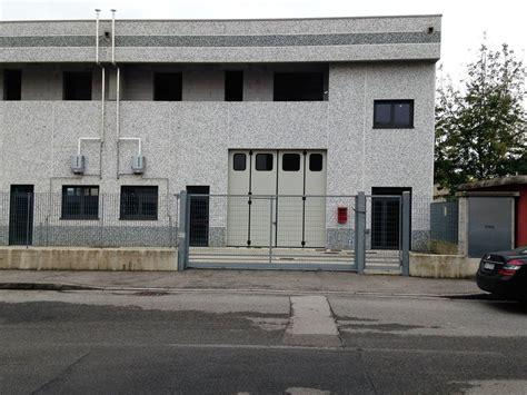 capannoni commerciali in affitto capannone brugherio affitto 240 mq riscaldamento autonomo