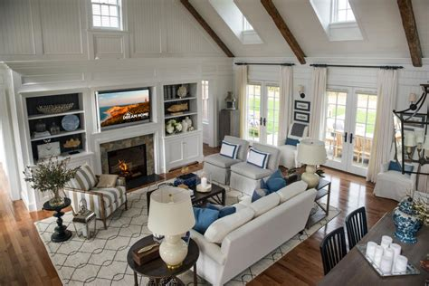 great room layouts beautiful rooms from hgtv home 2015 hgtv
