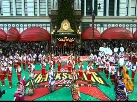 marching bands    macys thanksgiving day parade