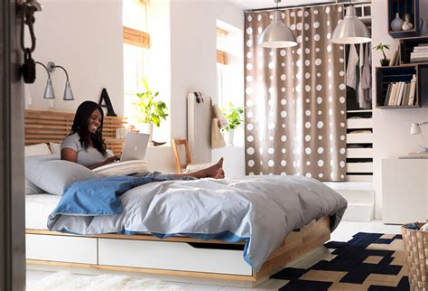 Decorating Ideas Ikea by Tips To Make Your Small Bedroom Look Bigger