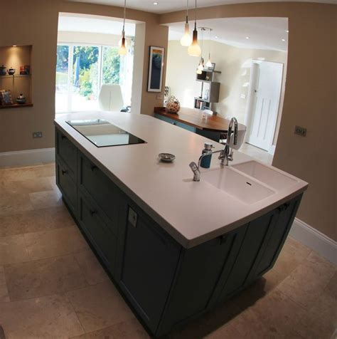 modern kitchen island with hob electric hob and sink in island kitchen