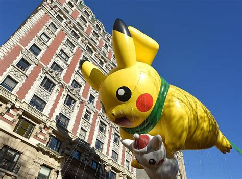 pikachu  macys thanksgiving day parade   news