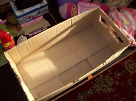 lit pour poupee en carton