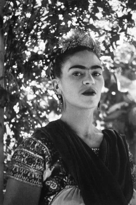 Die Besten 25+ Frida Artist Ideen Auf Pinterest Frida