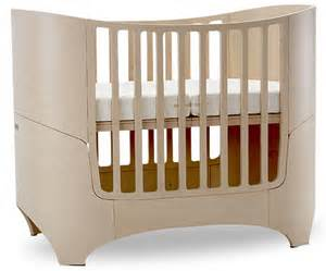 16 beautiful oval round baby cribs for unique nursery