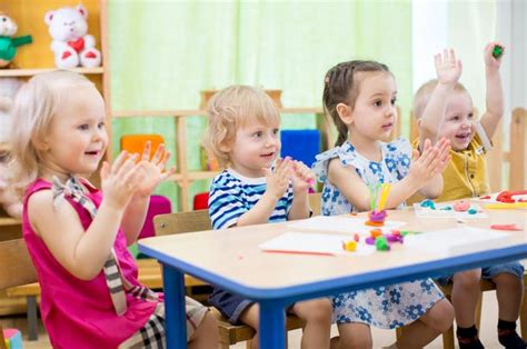 at what age does a child start preschool what is the best age for to start daycare 167