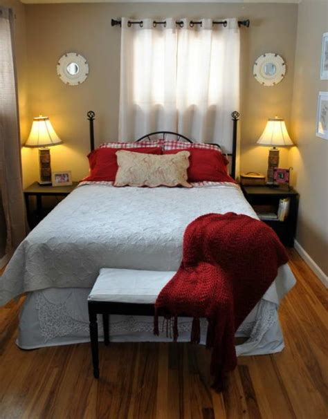 ideas to decorate a bedroom 4 smart tips to decorate small bedrooms bedroom
