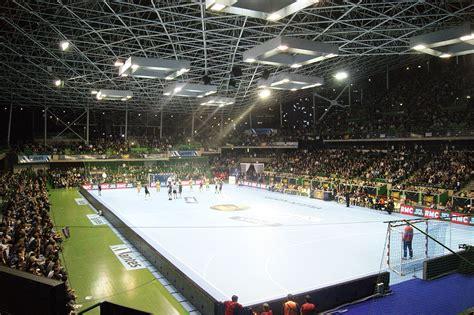 salle de sport raphael file palaisdessportsbeaulieu nantes cdl2011 jpg wikimedia commons