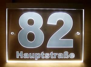 Hausnummer Beleuchtet Led : gravierte design hausnummer acrylglas led beleuchtet ~ Frokenaadalensverden.com Haus und Dekorationen