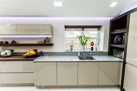 Handleless Painted Gloss Taupe » Homestyle Kitchens