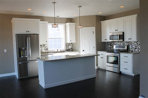 kitchen layouts l shaped with island 5322 white kitchen with large center island kitchen