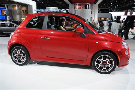 2012 Fiat 500 Accessories by 2012 Fiat 500s To Arrive With Manual Transmissions