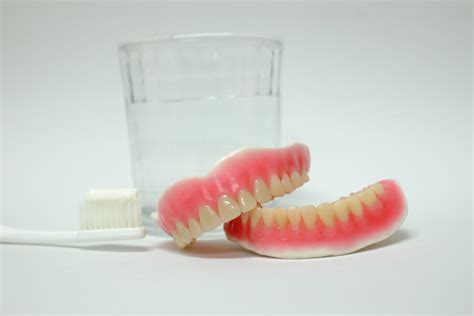 protesi mobile totale protesi mobile totale o dentiera usi e tipi familydent