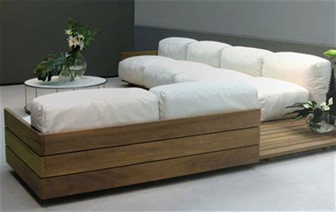 Diy Wood Sofa by Diy How To Make Pallet Sofa Or Wooden Pallet