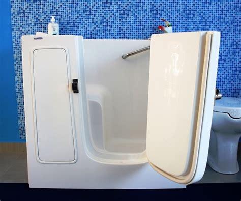 vasche da bagno per anziani prezzi vasche da bagno con sportello per disabili e anziani