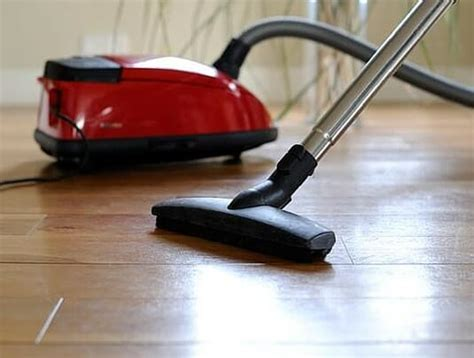 Best Vacuum for Hardwood Floors and Carpet