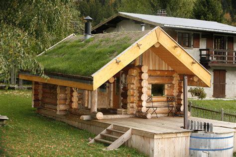 constructeur de chalet en rondin constructeur de maison en rondin de bois pioneer home garden les fustes des maisons en rondins