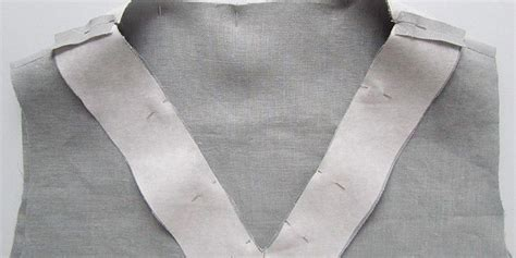In today's briar sewalong, we'll be showing you our method for creating a neckline binding. Sewing Glossary: How to Sew a Facing to a V-Neckline ...