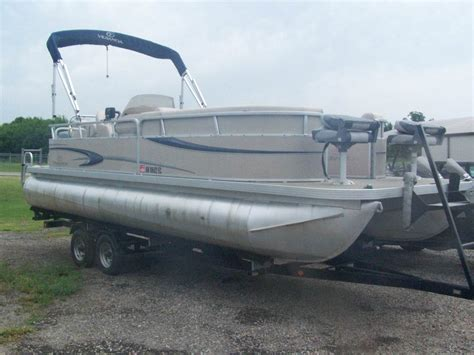 Used Pontoon Boat For Sale Dallas by Used Pontoon Boats For Sale In Page 4 Of 5 Boats