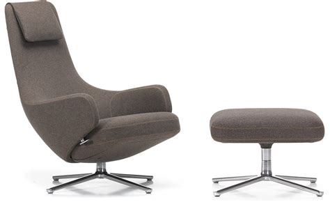 Repos Lounge Chair & Ottoman
