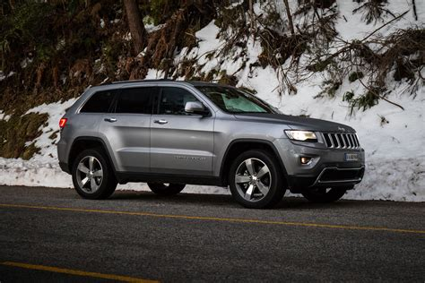 diesel jeep cherokee 2016 jeep grand cherokee limited diesel review caradvice