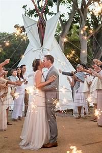 Lighting Wedding Sparklers 50 Sparkler Wedding Exit Send Off Ideas Hi Miss Puff