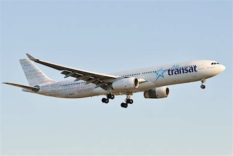 avion de air transat retour cause fuite d eau dans un avion de air transat