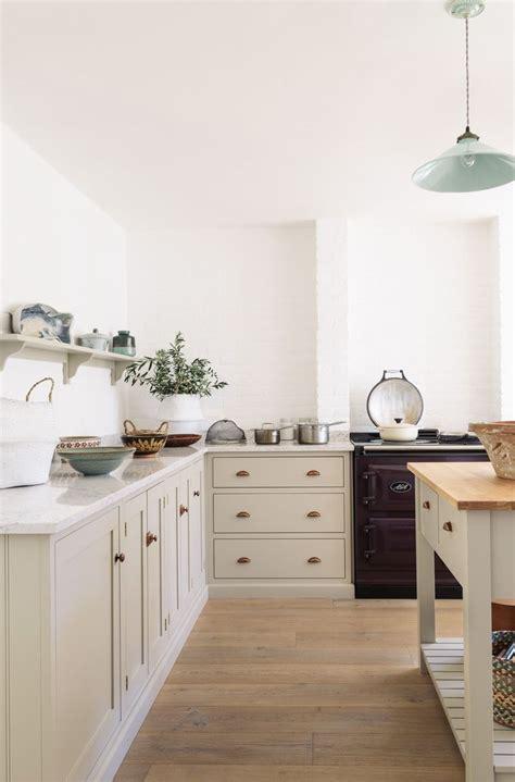 Best 25+ Taupe Kitchen Ideas On Pinterest  Grey Kitchens