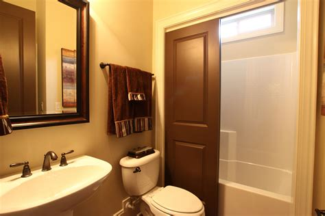 Small Rustic Bathroom Ideas On A Budget by Bathroom Small Bathroom Decorating Ideas On Tight Budget