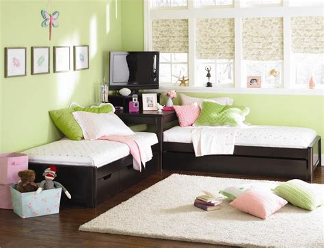 childrens bedside ls bedroom midtown two twin l shaped beds set by lea industries