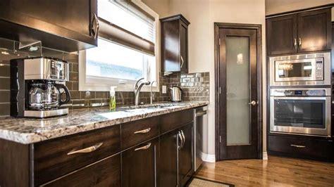 what of kitchen cabinets do i custom kitchen cabinets custom cabinets 2237