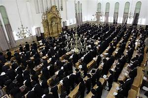 Large brawl breaks out in Bnei Brak yeshiva | The Times of ...