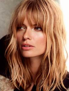 Frange Cheveux Long : coupe mi long frange idee coiffure long jeux coiffure ~ Melissatoandfro.com Idées de Décoration