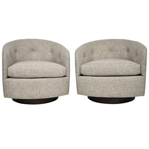 milo baughman swivel lounge chair milo baughman swivel lounge chairs at 1stdibs