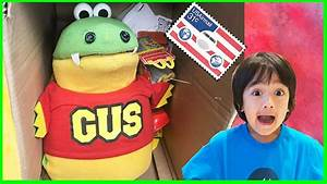 I MAILED MYSELF TO RYAN TOYSREVIEW and played with RYAN ...