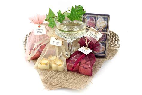 süße geschenke selber machen badeherzen selber machen naturseife und kosmetik selber machen
