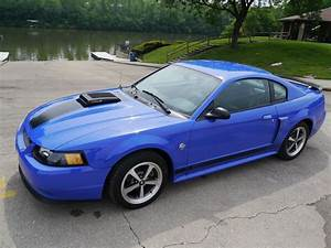 2004 Ford Mustang | Midwest Car Exchange