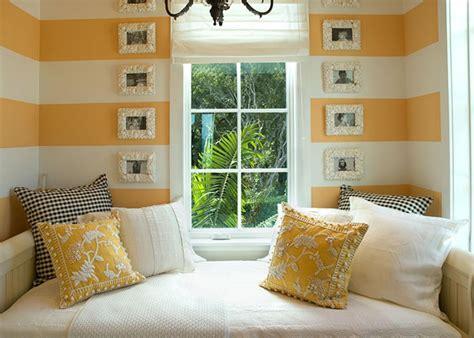Bedrooms & Bedroom Decorating