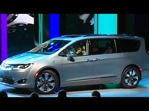 Next Generation Chrysler Minivan by Detroit Auto Show Chrysler Unveils Next Generation